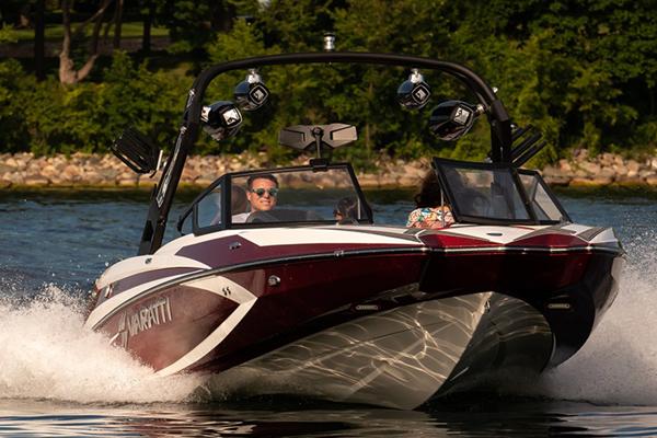 Varatti hull designed for speed